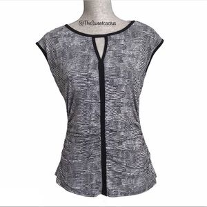 Vince Camuto Sleeveless V Neck Ruched Top